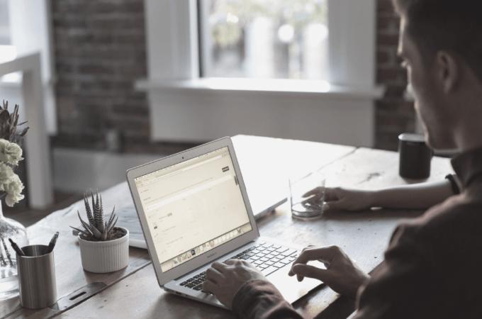 7 grunde til, at din virksomhed bør have en blog og skrive jævnligt, selvom der aldrig er noget nyt at skrive om