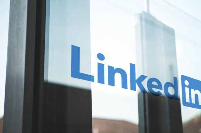 en skarp linkedin-profil